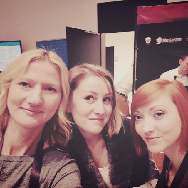 Z dziewczynami w kuluarach #bfgdansk #gadamyse z @jestrudo i @simpliciteblog