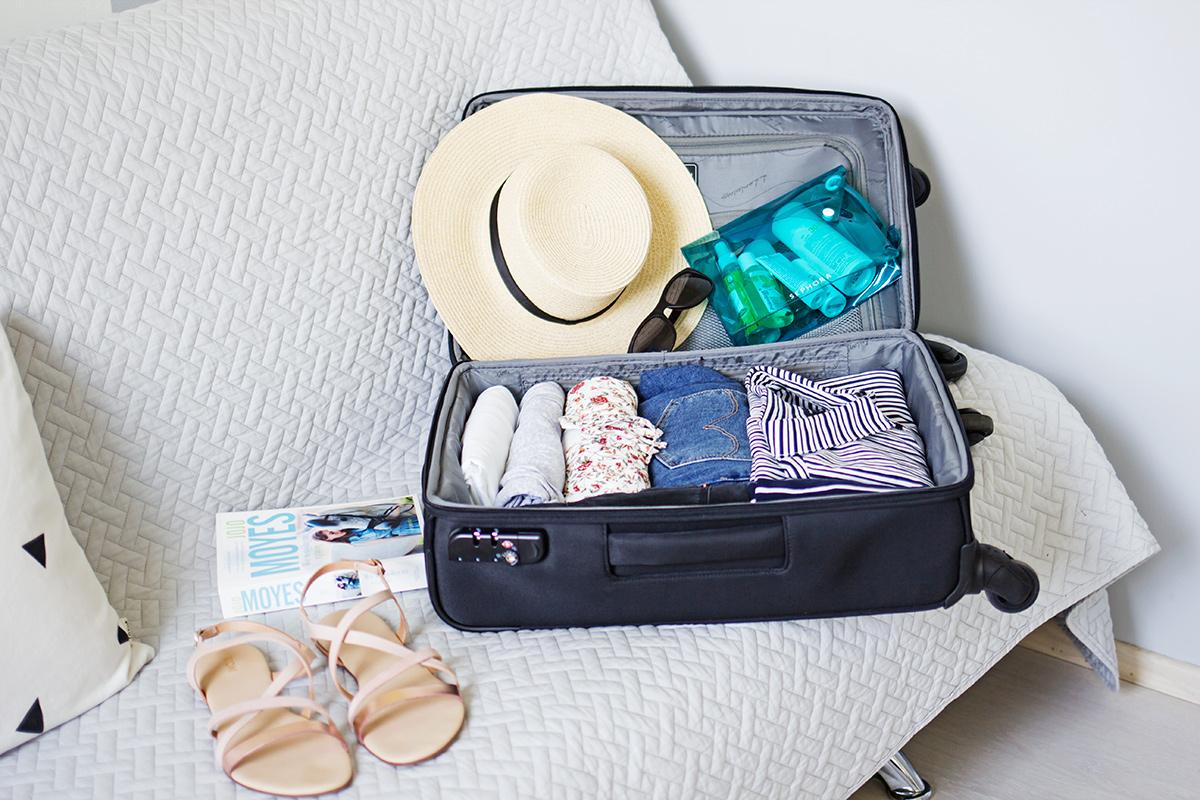7452bc0424c2d Jak spakować się do bagażu podręcznego? Przydatne triki | Kameralna